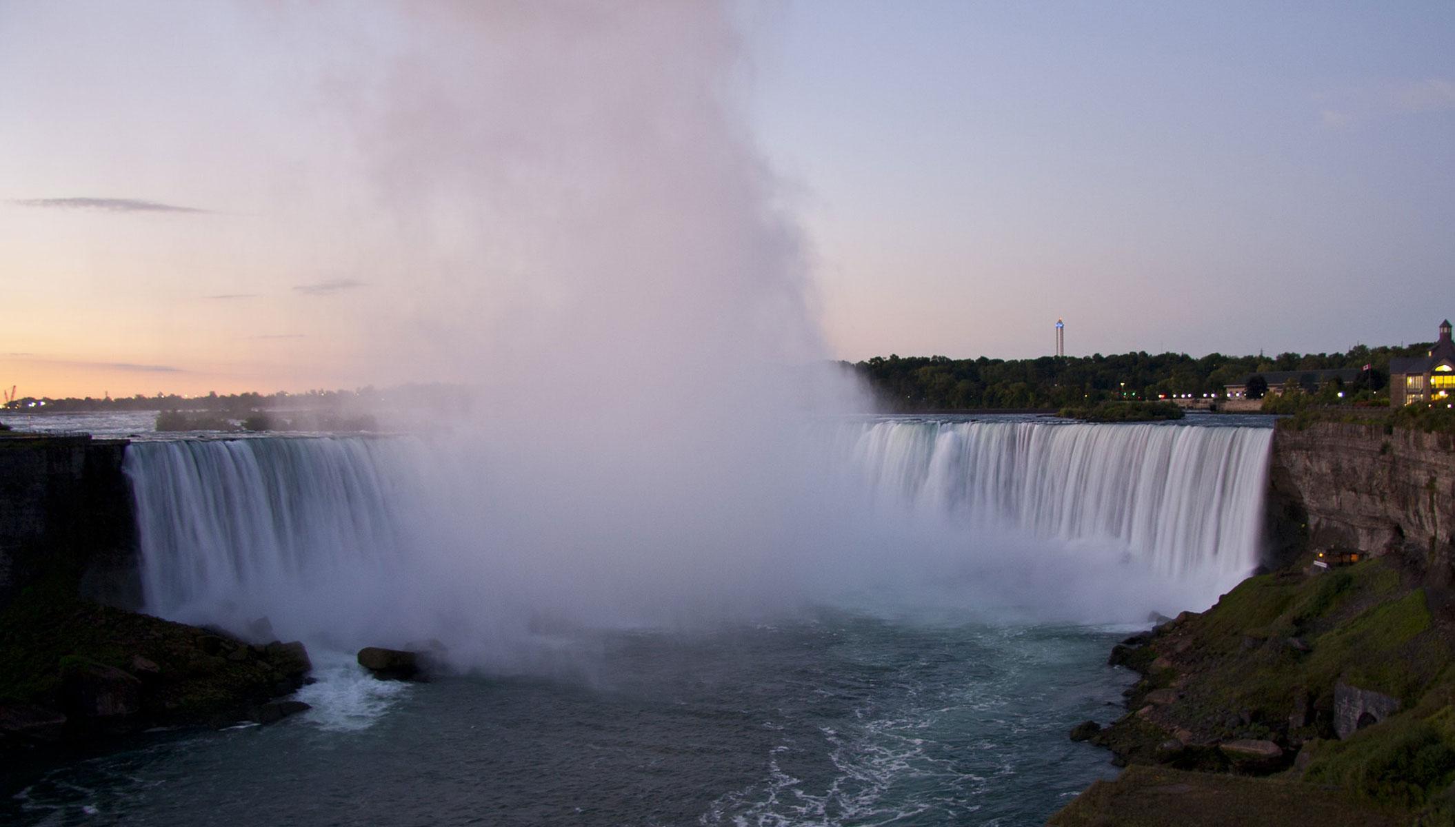 Niagara-Falls-ON-copyright-Amy-Seagram